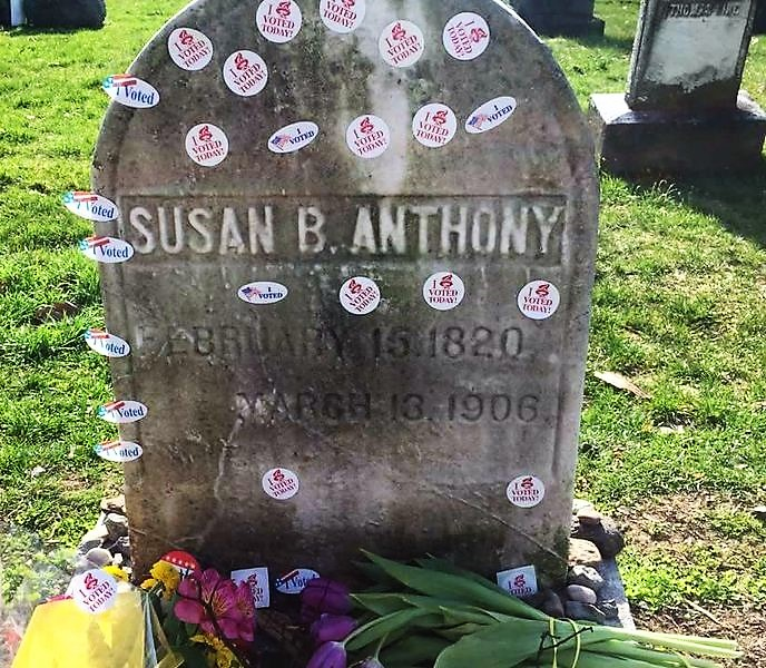 Susan B Anthony tombstone (2)